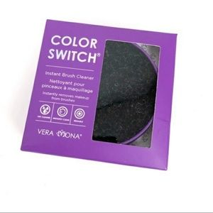 Color Switch Brush Cleaner by Vera Mona